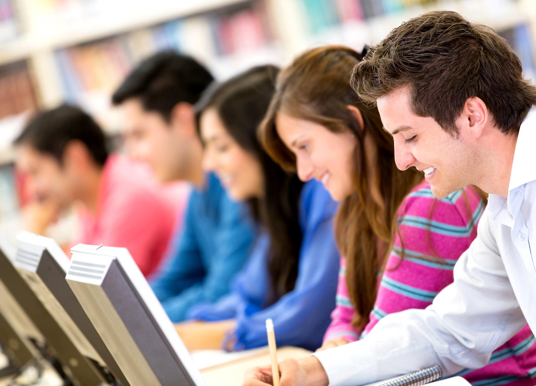 British University Using Maple T.A. to Develop Fully Online Course